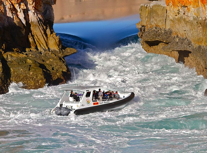 Experience the Spectacular Horizontal Falls Tour