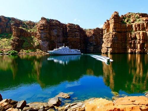 Tour Kimberley Cruising